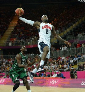 829px-Mansoor_Ahmed_photos_of_Team_USA_basketball_at_London_2012_Olympics